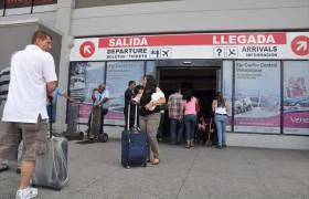 """Realizan """"adecuaciones"""" en Aeropuerto de Valencia para instalar captahuellas"""