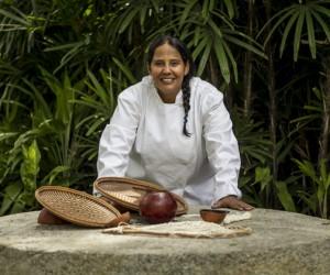 Chef venezolana crea platos inspirados en cocina indígena del Amazonas