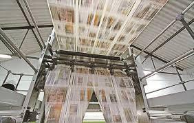 Rotativas en Venezuela paralizadas por falta de papel: el gobierno se agarró el papel