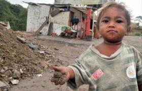 Unicef: 2.500.000 niños han caído en la pobreza en países ricos