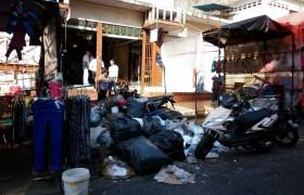 Montones de basura se observan en principales avenidas de Valencia