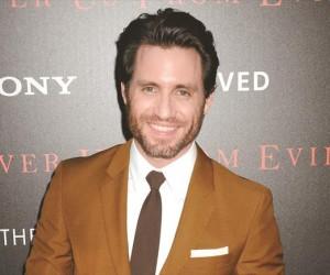 Edgar Ramírez podría interpretar al esposo de Jennifer Lawrence en  Joy