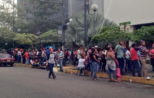 Llegó el pernil al Bicentenario de la Av. Bolívar