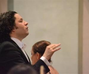 Dudamel ofrecerá ciclo de conciertos en Caracas en diciembre